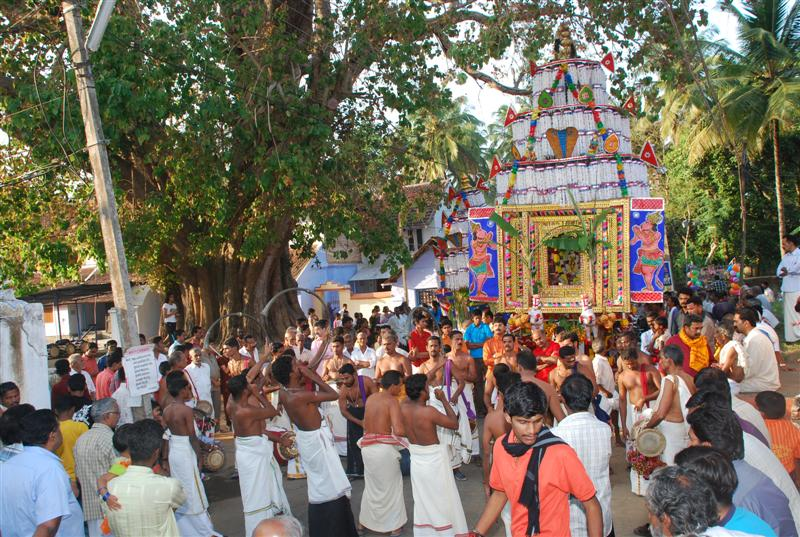 Ratham ( Cart ) at Kakkurussi Appan Temple